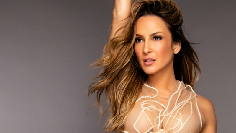 Claudia Leitte aposta no reggaeton Balancinho para ser dona do hit chiclete do Carnaval 2019